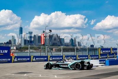 Alex Lynn (Panasonic Jaguar Racing).jpg