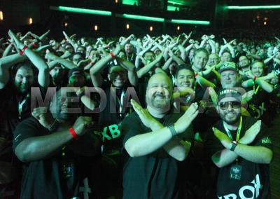 Xbox-Briefing-Photo-Aaron-Greenberg-Fans.jpg