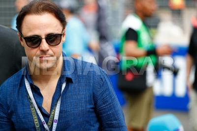 Felipe Massa watched on at the race.jpg